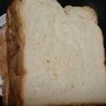 ゆめのパン屋 - 料理写真:ゆめの食パン