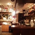 フランス料理  セルジュ&ジェーン - パリのビストロ風