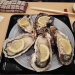 冨久井 - 生牡蠣(完全予約制)