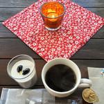 46556187 - 黒ごまプリンとコーヒー