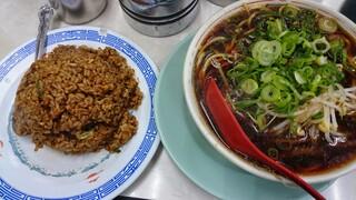新福菜館 本店 - 焼き飯+小!