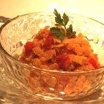 フレンチバール coucou - ピンクレンズ豆のサラダ 350えん