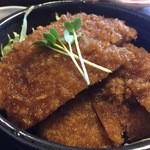 そば処 萬乃助 - ○ソースかつ丼様(単品メニューはありません)山形~新潟などで食べらるカツ丼は基本的にソースだそうです!?