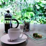 コスチューム ナショナル ウォール - コーヒー、ボンボンショコラ