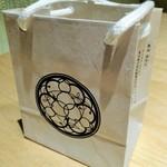 香水亭 - 可愛い紙袋に~