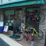 cafeルーム アスリート - 自転車の好きな方もご来店してくださいます