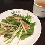 SHUTTERS - サラダ