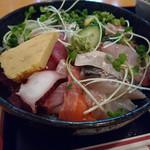 旬魚や 魚いち - 海鮮丼