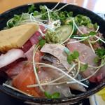 旬魚や 魚いち - 料理写真:海鮮丼