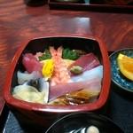 松月 - チラシ寿司