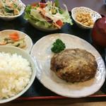 季節料理 大路 - ハンバーグ定食