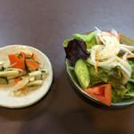 季節料理 大路 - 定食のサラダ