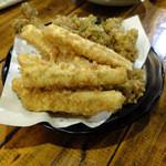 いけす地酒処 - 山菜天ぷら盛り合わせ