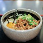 くるまや - 料理写真:お肉と月見山かけうどん☆