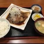 みさち屋 - 鯛のカブト煮定食