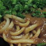 もじ焼や - 汁なしカレーそばの麺
