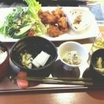 Umekisanchinodaidokoro - から揚げ定食