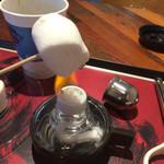 46593094 - マシュマロを炙って食べる。口の中で溶けて旨い。