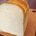 レアリッチ - 当店人気No1のプレーン食パン