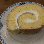Flat Cafe - ロールケーキ