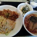 イナちゃん飯店 - 料理写真:日替り820円