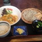 やすいや - 料理写真:日替わり 蕎麦に変更 ¥880