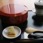 nihonshokumiyabitei - やわらか穴子丼