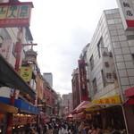 46605704 - 神戸の中華街、南京町に