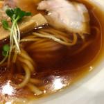 46610421 - 大山地鶏、魚介の無化調スープ
