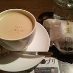 上島珈琲 - 黒糖ミルクコーヒー&ミルク珈琲あんぱん