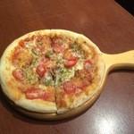 MAGIC TOKYO O - ナポリ風クラフトpizza。ナチュラルチーズとパルメザンの相性は抜群です!