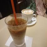 サンマルクカフェ - 毎度のアイスカフェラテ。