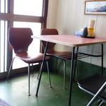 ふじわら - テーブル席