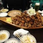 大衆酒場 ちばチャン 錦糸町店 - 鶏の唐揚げマウンテン
