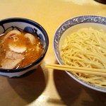 青葉 - つけ麺食べたコトあったっけな。食べたコトないかも…。