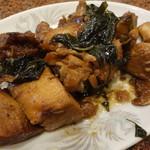 台湾客家料理 新竹 - 鶏の三杯台湾バジル煮
