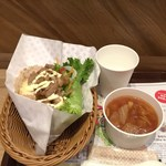 ファンガス・ライス・サンドウィッチーズ - ツナタマゴ+焼き肉トッピング