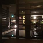 元町珈琲 愛知大口の離れ - 座敷の奥より