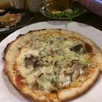 安来や - 海鮮たっぷりピザ これも∑(゚Д゚)ウマーっ!