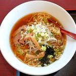 鴻福楼 - 料理写真:醤油ラーメン