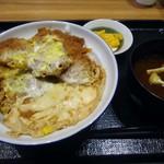 Tonkatsuginzabairin - 「ヒレカツ丼」780円也。税込。