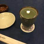 ピーコック - 麦焼酎お湯割り(380円)