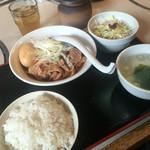 路地や  - 肉豆腐ランチ