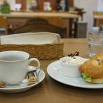 はま茶 - 料理写真:いただいた、ベーグルサンドのモーニングです