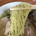 伊達屋 - 麺は中細ストレート