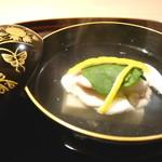 弧玖 - 真鱈の雲子真丈と胡麻豆腐のお椀