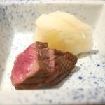 弧玖 - 宮崎牛の炭火焼と漬物