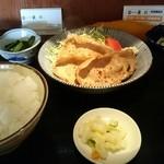 銭形 - 生姜焼き定食 ご飯がたっぷり!普段は小盛りでお願いしています。浅利の味噌汁は定番ですね。