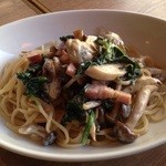 トスカーナ - 牡蠣とベーコンの醤油生クリーム