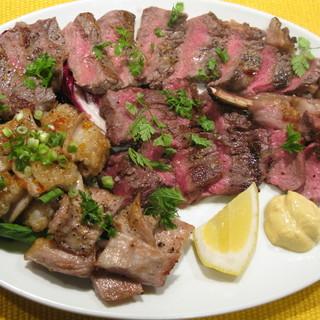 お肉を食べたくなったら当店へ!
